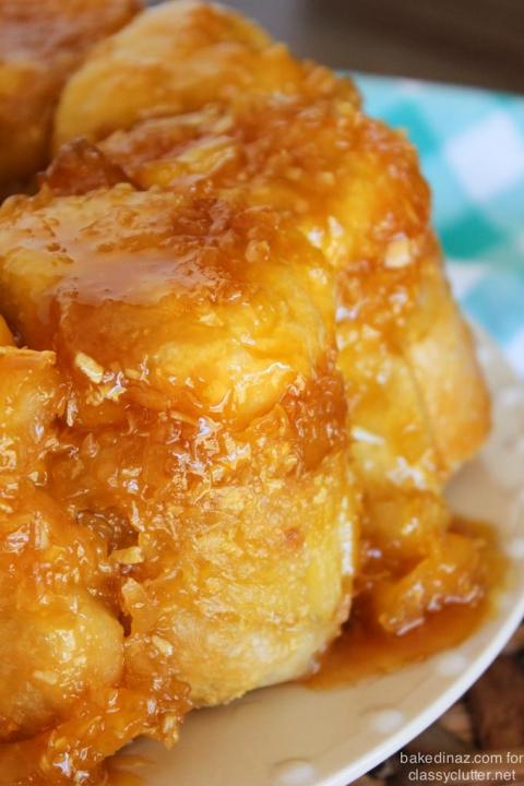 Pineapple-Coconut-Pull-Apart-Bread-2-480x720